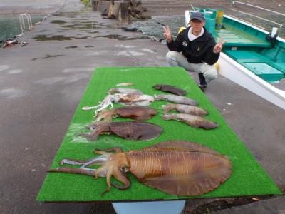 釣り船 久勝丸の2021年5月5日(水)5枚目の写真