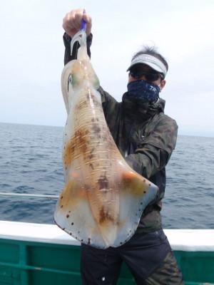 釣り船 久勝丸の2021年5月8日(土)1枚目の写真