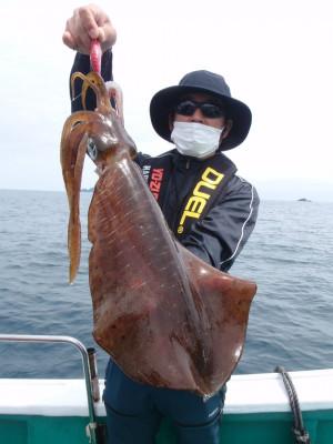 釣り船 久勝丸の2021年5月8日(土)2枚目の写真