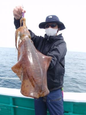 釣り船 久勝丸の2021年5月8日(土)3枚目の写真