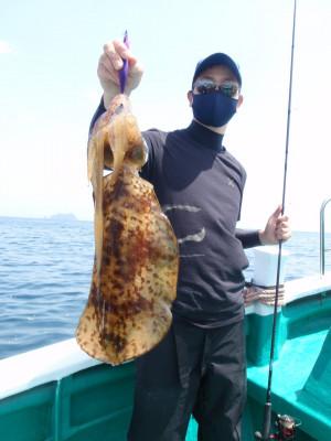 釣り船 久勝丸の2021年5月9日(日)3枚目の写真