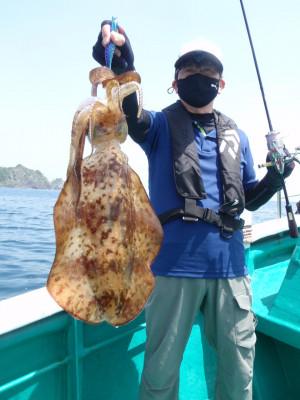 釣り船 久勝丸の2021年5月9日(日)4枚目の写真