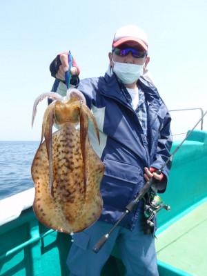 釣り船 久勝丸の2021年5月9日(日)5枚目の写真