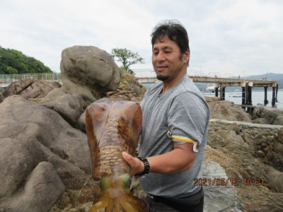由良海つり公園&釣堀ランドの2021年5月12日(水)1枚目の写真