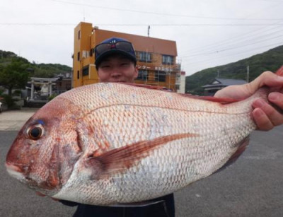丸銀釣りセンターの2021年5月14日(金)2枚目の写真