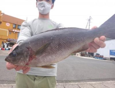 丸銀釣りセンターの2021年5月25日(火)4枚目の写真