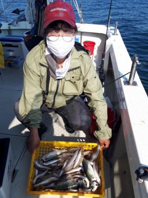 釣り船くわだの2021年6月8日(火)1枚目の写真