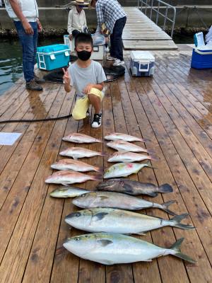 海上釣堀 辨屋の2021年7月30日(金)1枚目の写真