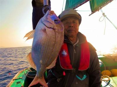 平良丸の2018年11月30日(金)2枚目の写真