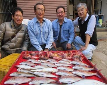 奥村釣船の2018年12月5日(水)1枚目の写真