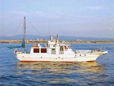 泉佐野マリンライフ(仁王丸・宝来丸・黒潮丸)の船と店の写真