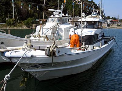 第二一之紀丸の船と店の写真