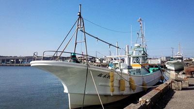 拓永丸の船と店の写真