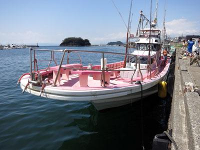 第八幸松丸の船と店の写真