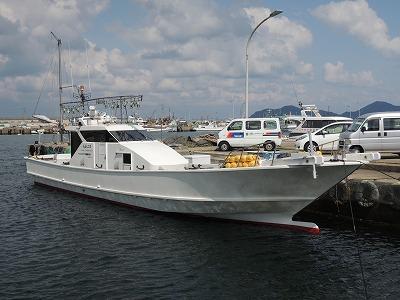 第二大福丸の船と店の写真