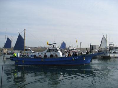 平塚港の老舗船宿 『 浅八丸 』