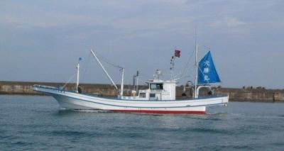 第十五大勝丸の船と店の写真