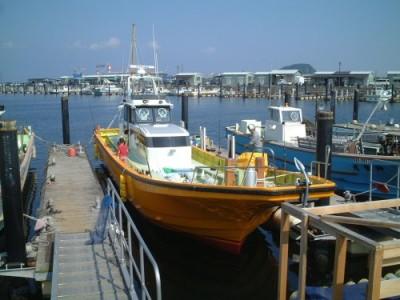 木川丸の船と店の写真