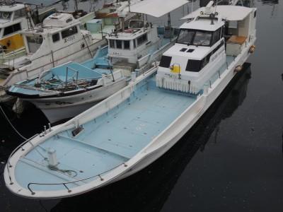 龍幸丸の船と店の写真