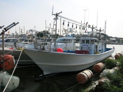 DENTETSU丸の船と店の写真