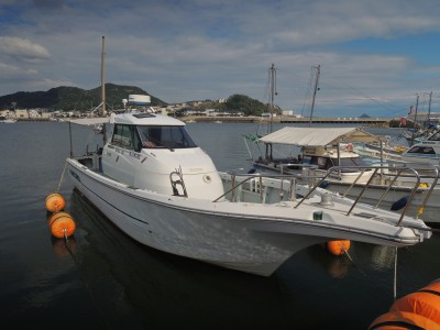 KAIMARU・凱丸の船と店の写真