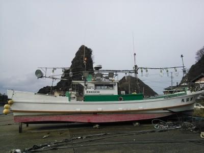 第十八進栄丸の船と店の写真