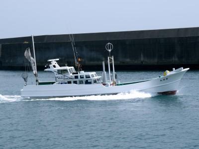 Ocean Fieldの船と店の写真