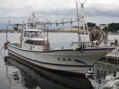 海誠丸の船と店の写真