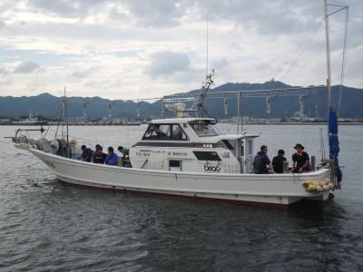 光洋丸の船と店の写真