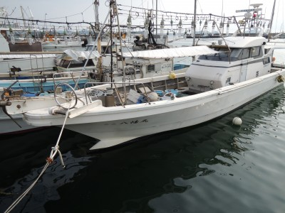 第三八幡丸の船と店の写真