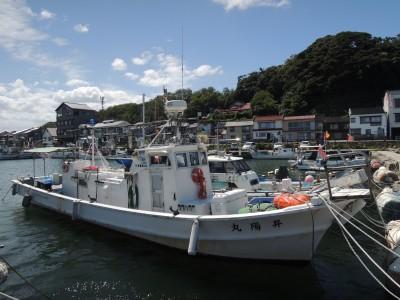 昇陽丸の船と店の写真