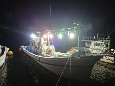 大絆丸everlastingの船と店の写真