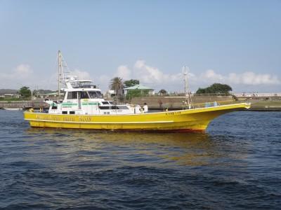 島きち丸の船と店の写真