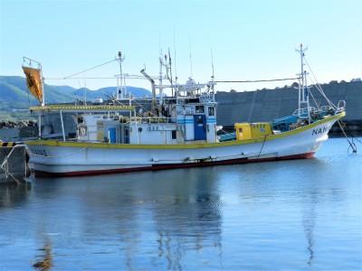 遊漁船 NANAIIIの船と店の写真