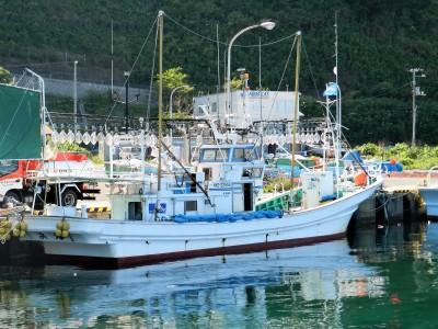 第三十八 浜丸の船と店の写真