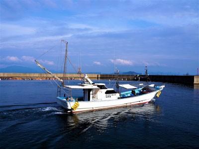 第二蛭子丸の船と店の写真