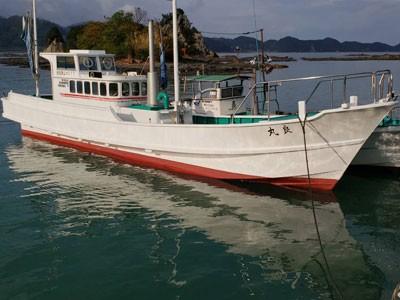 良丸の船と店の写真